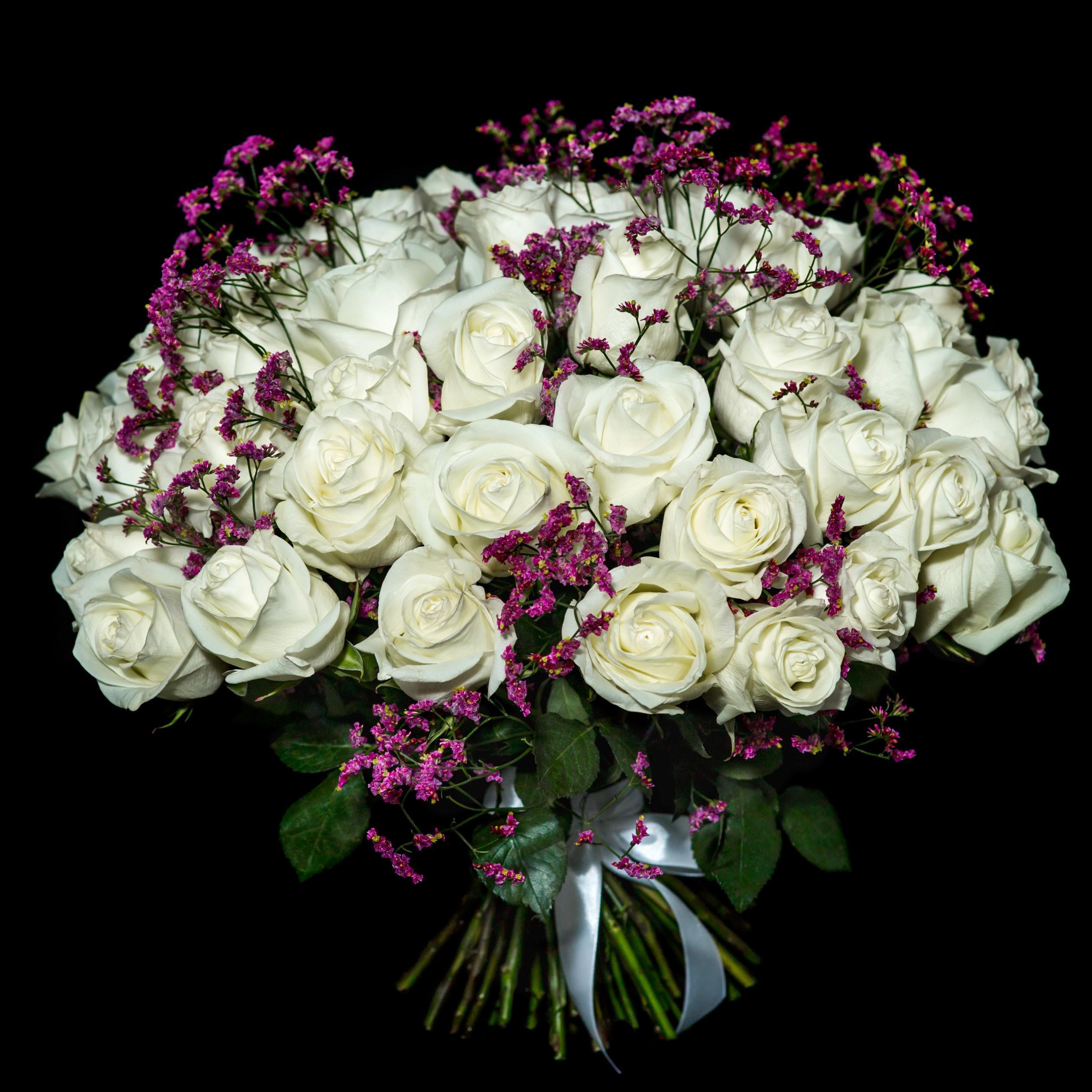 Красивый самый большой букет живых роз фото
